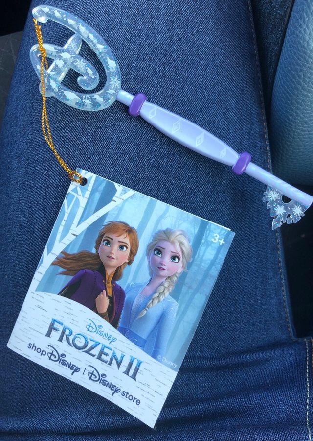 Vendo llave frozen Envío incluido