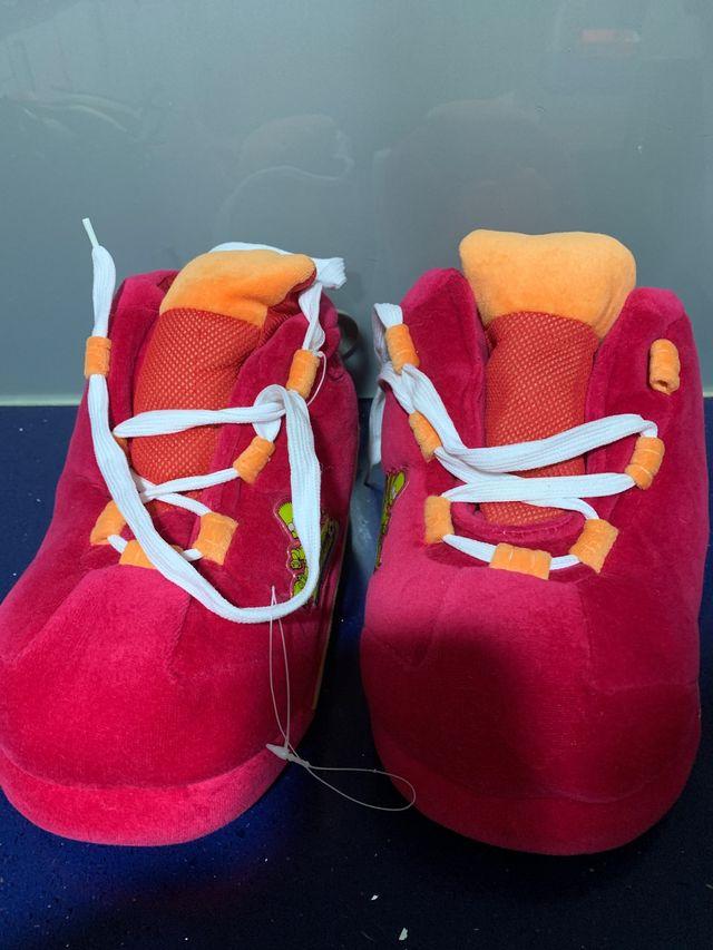 Zapatillas x estrenar SIMPSON Talla 37