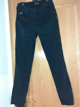Pantalón Armani Chica Color Negro