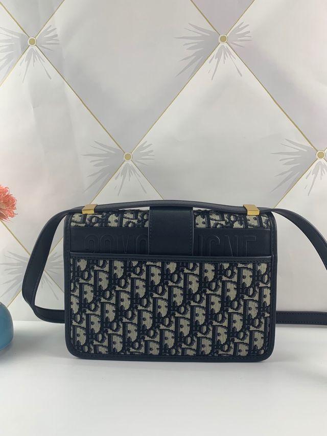 Brand New 30 Montaigne Dior Oblique Bag