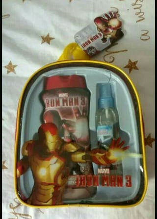 mochila neceser Iron Man. nuevo