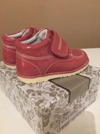 Zapatos NUEVOS bebe niña