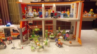 Hospital infantil playmobil.