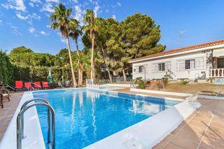 Villa en venta en Torrelamata - La Mata en Torrevieja