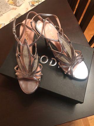 Sandalias plateadas LODI