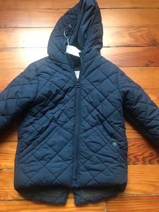 Abrigo invierno talla 3-4 de Zara