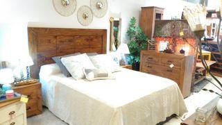 Dormitorio rustico macizo