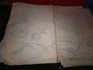 juego de sábanas de hilo modernistas bordadas