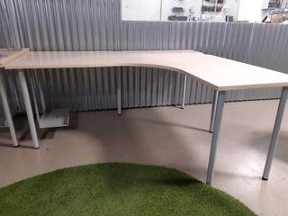 Mesa para oficina de segunda mano en Bilbao en WALLAPOP