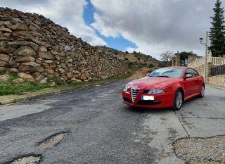 Alfa Romeo GT 2004