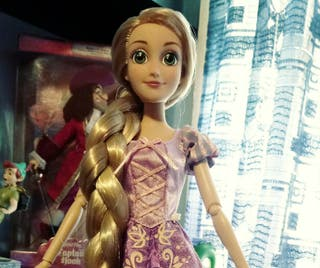 Muñeca Rapunzel Disney Oficial
