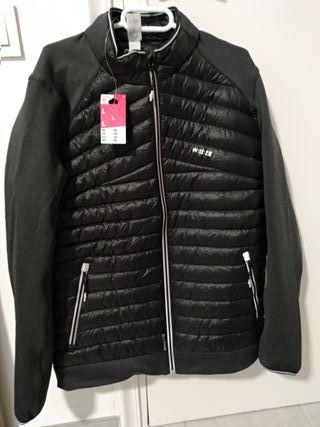chaqueta deportiva nueva