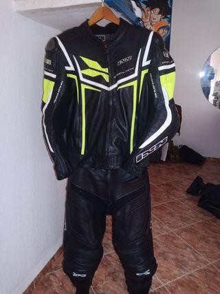 mono para moto Marca IXS Talla 52