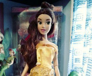 Muñeca Bella Disney Oficial