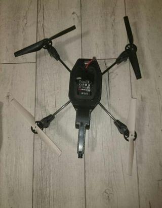 oportunidad Parrot Dron con cámara y dos carcasas