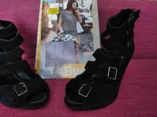 Zapato cuña de ante negro