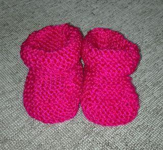 Bonitos patucos botitas rosa, talla 0-3 meses