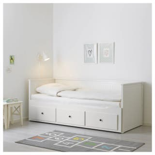Cama diván Hemnes de Ikea 2 colchones y 3 cajones