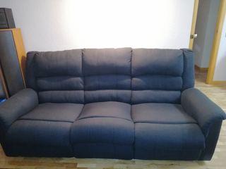 Sofá tres plazas dos reclinables