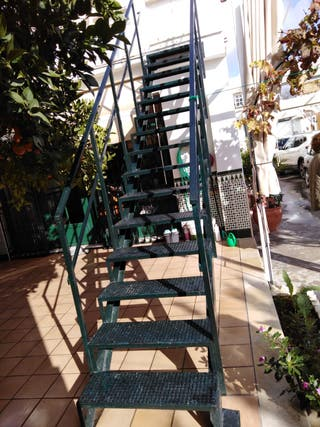 Escalera para patio