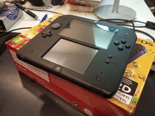 Nintendo 2DS con Super Mario Bros. 2