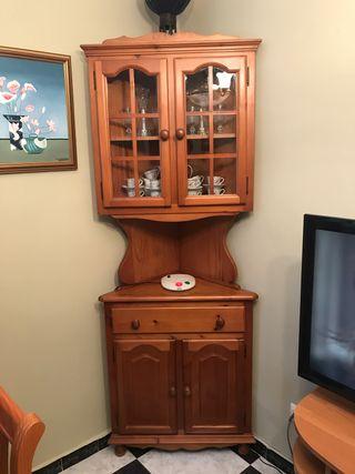 Mueble rinconera de madera de abeto