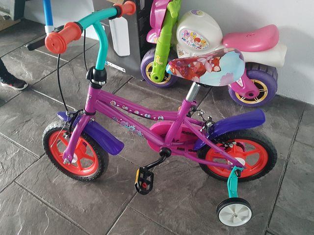 Bicicleta sin estrenar de niña