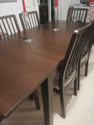 comedor con mesa extensible hasta 10 personas