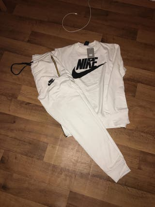 Men's Nike tracksuit with tags!
