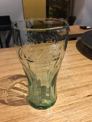 Copas y vasos de cerveza
