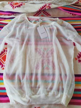 camiseta blanca trasparente