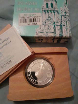 moneda 2000 pesetas. plata