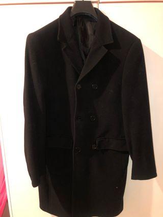 Abrigo paño hombre negro largo