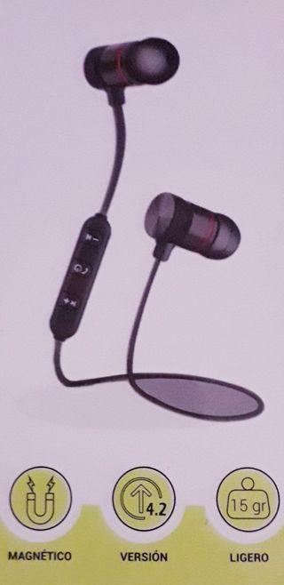 Auriculares Inalámbricos Bluetooth Magnéticos