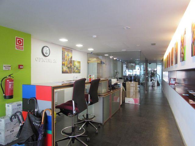 Oficinas Individuales en el Eixample a 260 €/mes