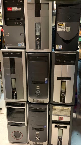 9 torres PC + 9 monitores