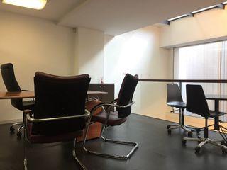 Oficina/Showroom con luz natural a 420 €/mes