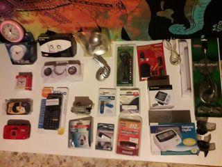 Reloj,cámara, altavoces,calculadora científica,usb