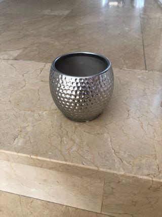 Maceta de ceramica