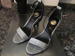 Zapatos marca Exe