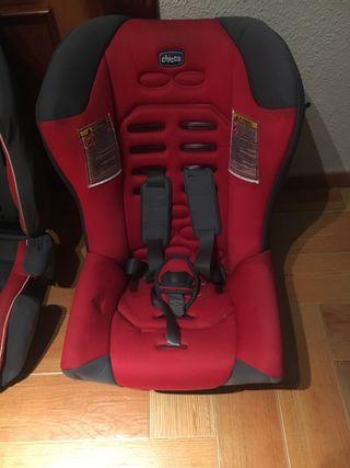 Silla de coche para niño. Semi-nueva. Marca Chicco