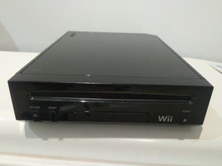 Wii color negra.