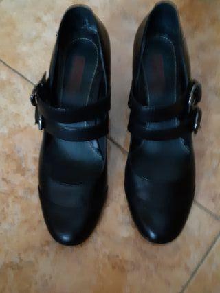 zapatos tacón bajo mujer 100% piel.