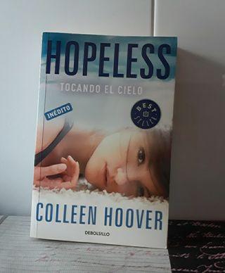 """Libro: """"Hopeless,tocando el cielo"""""""