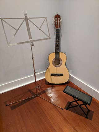 Guitarra+pie+faristol (atril)