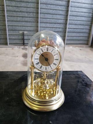reloj de mesa Quartz