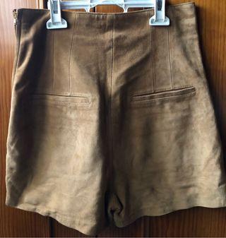 Pantalón corto H&M talla 36.
