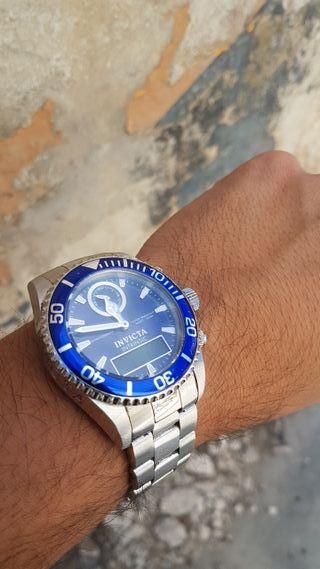 Reloj Invicta Intrinsic