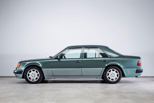 MERCEDES 500 E W124 1 SERIE 326 CV