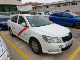 licencia taxi jueves
